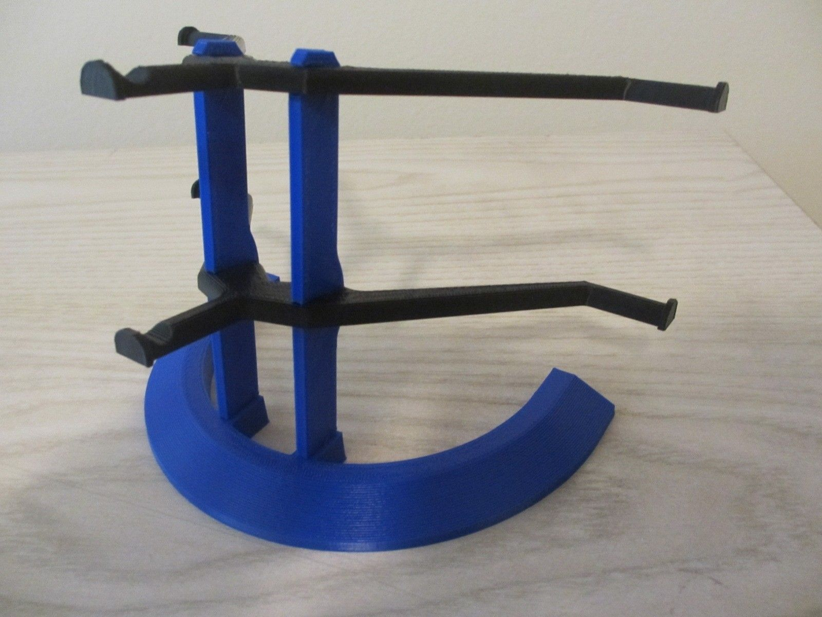 The Blue 3D Printed Display Stand - 001.JPG