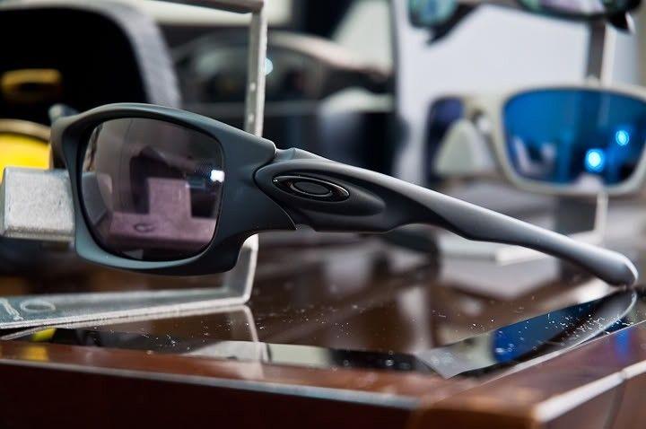 FS: Oakley TEN - -002.jpg