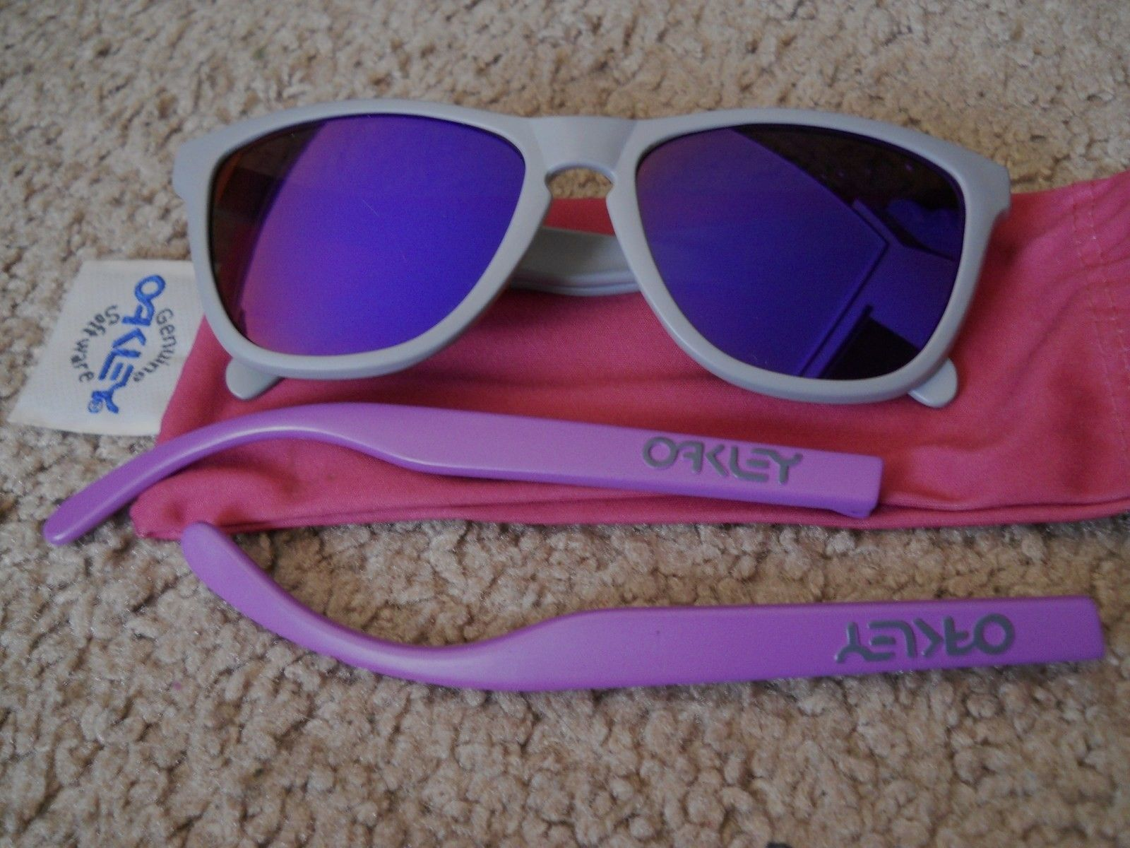 4 Legged Matte Grey/purple - $80.00 - 010bgb.jpg