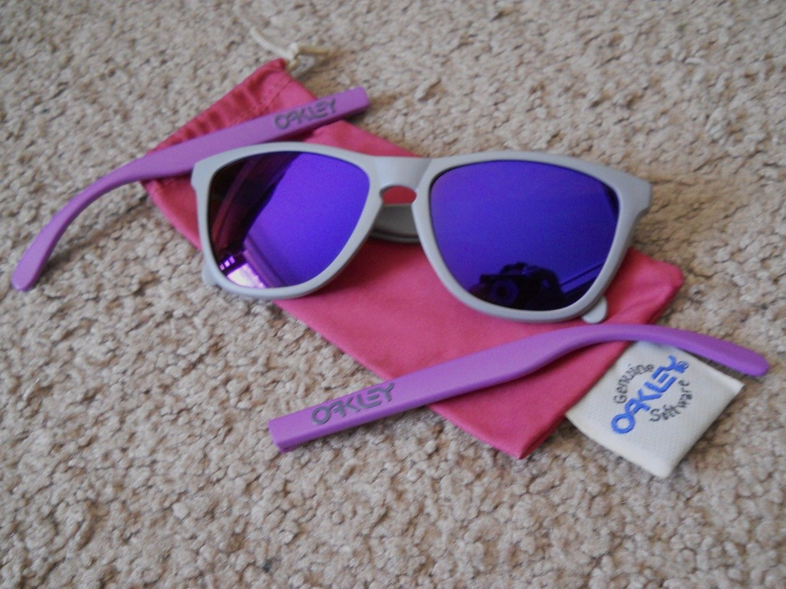 4 Legged Matte Grey/purple - $80.00 - 019phj.jpg