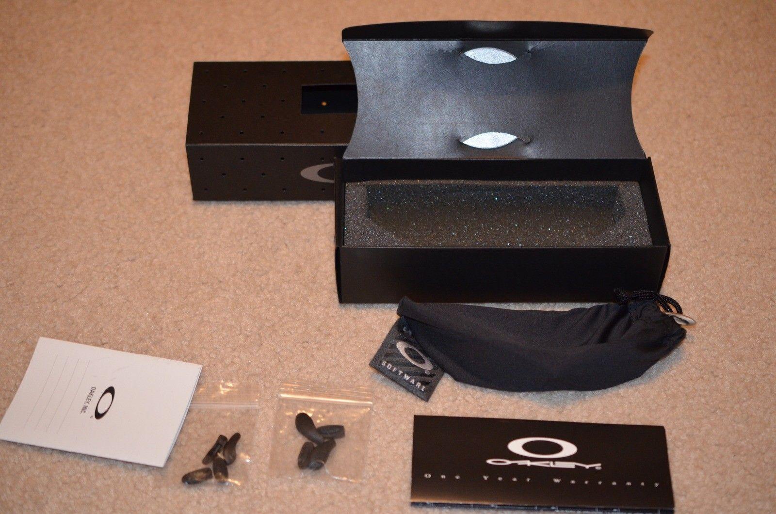 BNIB 1st Gen Plasma Fire Juliet With Matching Box And All Extras - 02.jpg