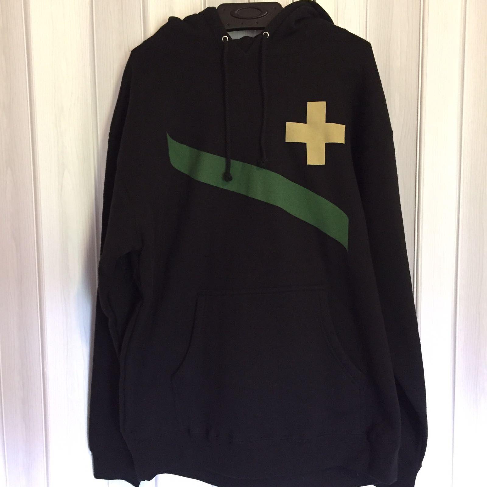 oakley common thread hoodie - 02c4c225-50bc-4a89-bb9d-8faac33c7bcc.jpeg