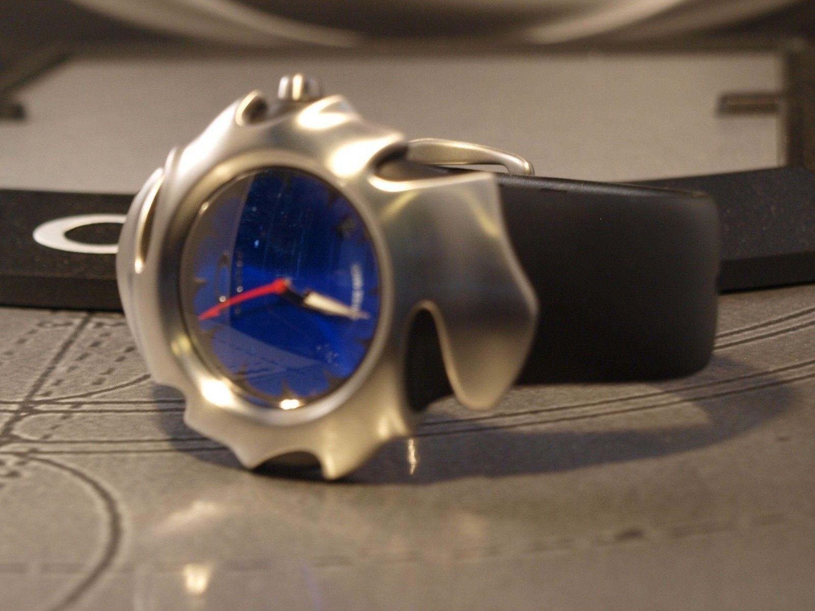 FS: Blade II  Brushed Sunburst Blue - 032ov.jpg