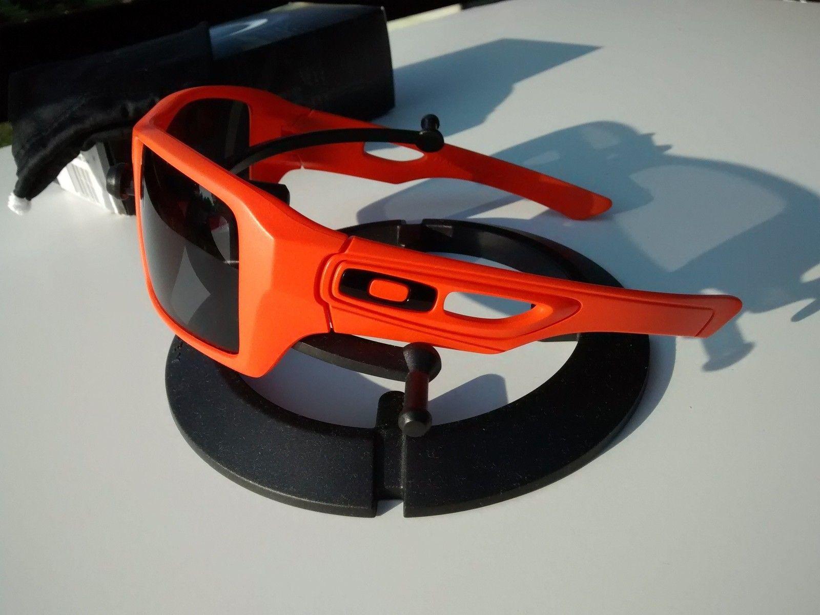 Safety Orange Cerakote Eyepatch 2 - 06SePLz.jpg