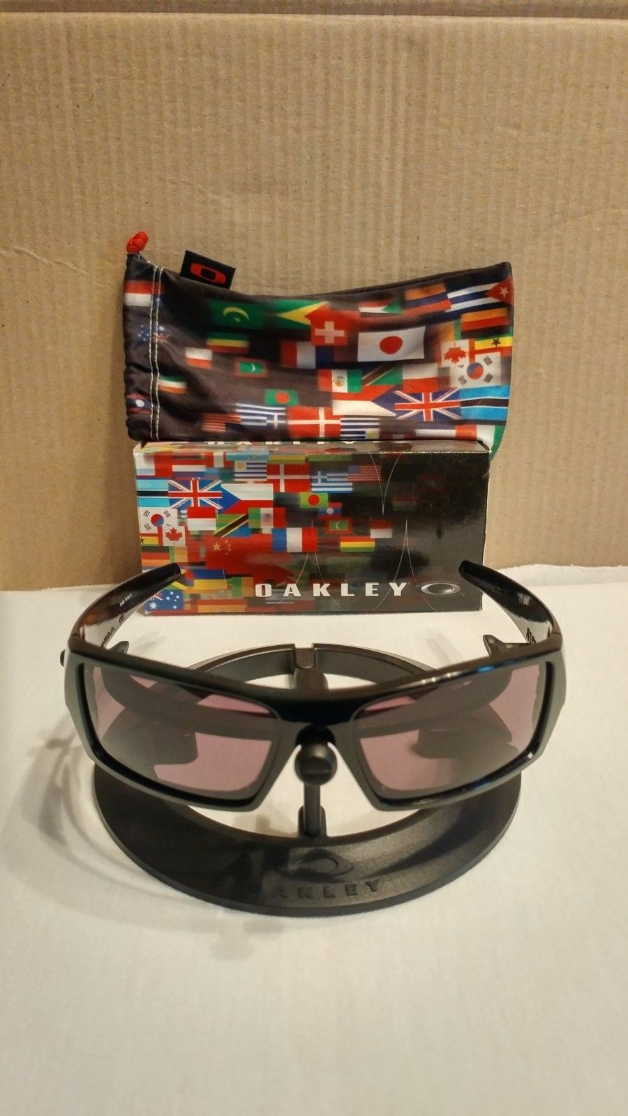 "Oakley ""global"" gascan - 0925161703_HDR.jpg"
