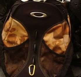Rare Oakley O Pack 2.0 Backpack In Camo MINT CONDITION - 1-3.jpg