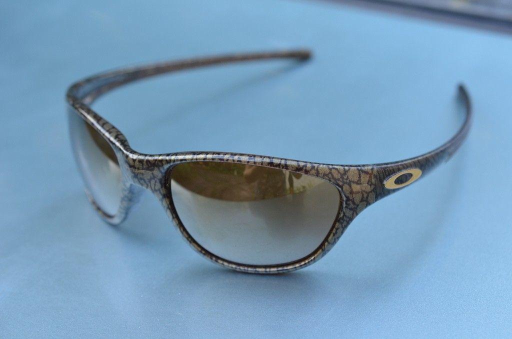 Oakley Rare Vintage XX, Valve, Frogskin, Gascan, Eyejacket Black Gold - 10045734136_92da210945_b_zps01ab6f15.jpg