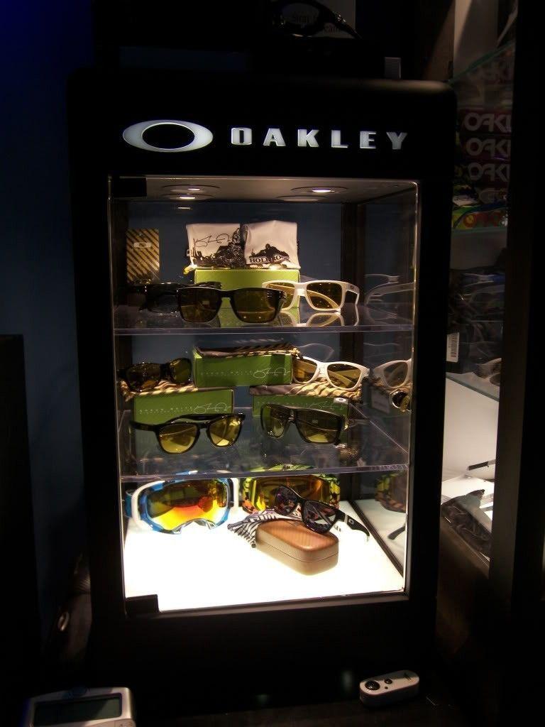 Just Got A New Oakley Display Case! - 100_1836.jpg