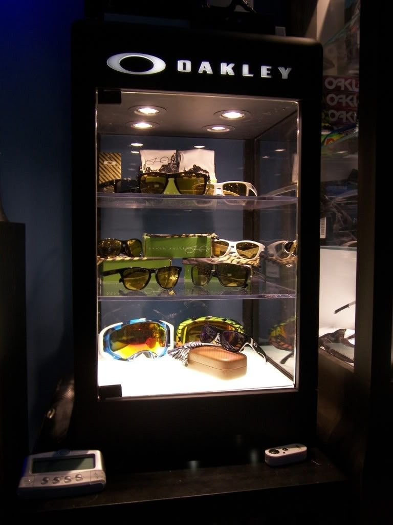 Just Got A New Oakley Display Case! - 100_1837.jpg