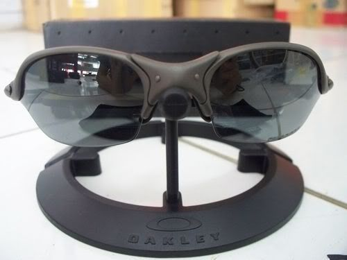 Oakley Romeo 2 Xmetal With Black Polarized - 100_3994.jpg