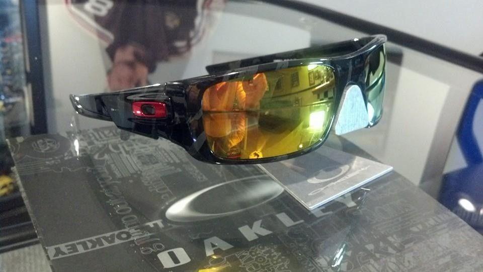 A few NEW Oakley's - 10291235_10203571800244617_1525351125256760687_n_zpse970a185.jpg