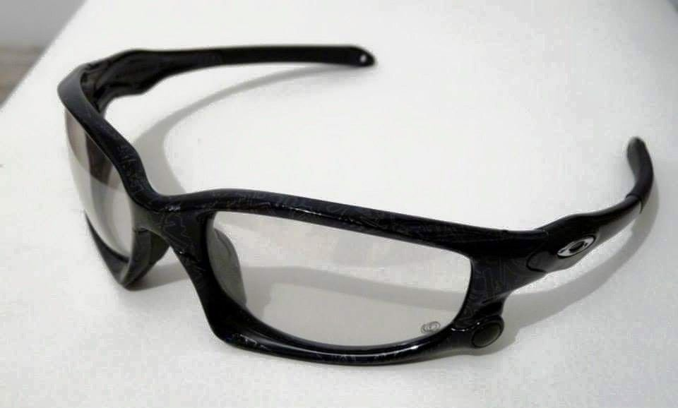 Ghost Text Split Jacket w/ Transitions Clear-to-Black lens 175$ - 10514544_10153369935196740_8953151199896040960_n.jpg