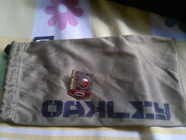 Soviet Microbag And Pin - 11092013354_zpsec3d7f85.jpg