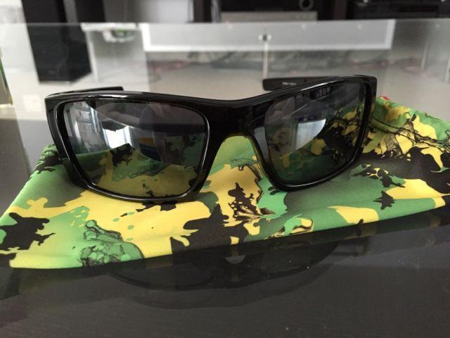 Oakleys for Sale - 1155826310fe33075a10efec1b7753ff.jpg