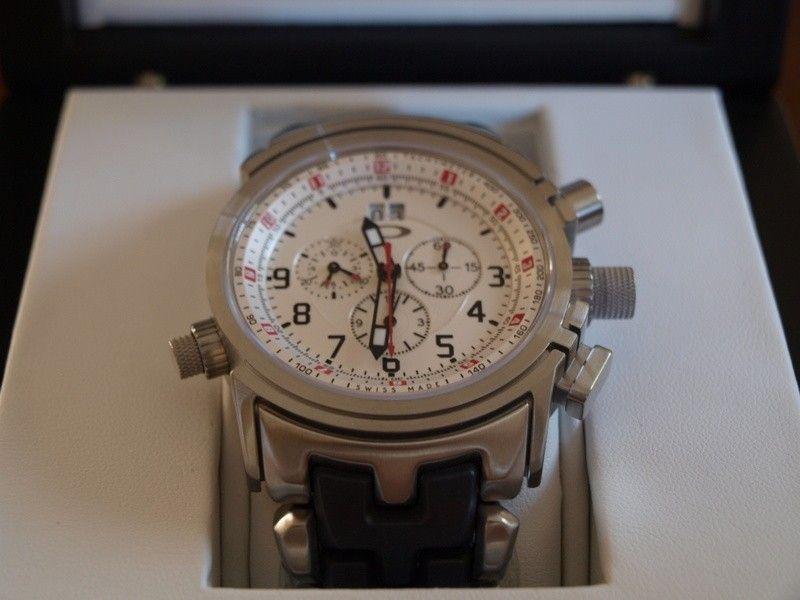12 Gauge Quality - 12gaugeoakleywatch2.jpg