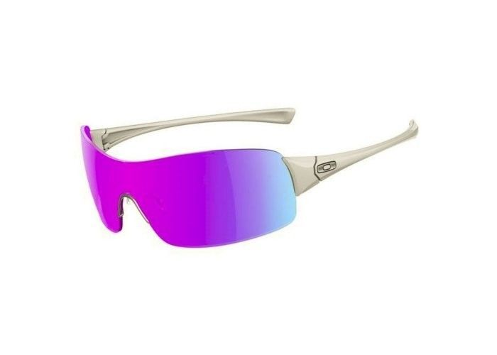 What Kind Of Oakleys Are These - 1313011537-57124400.jpg