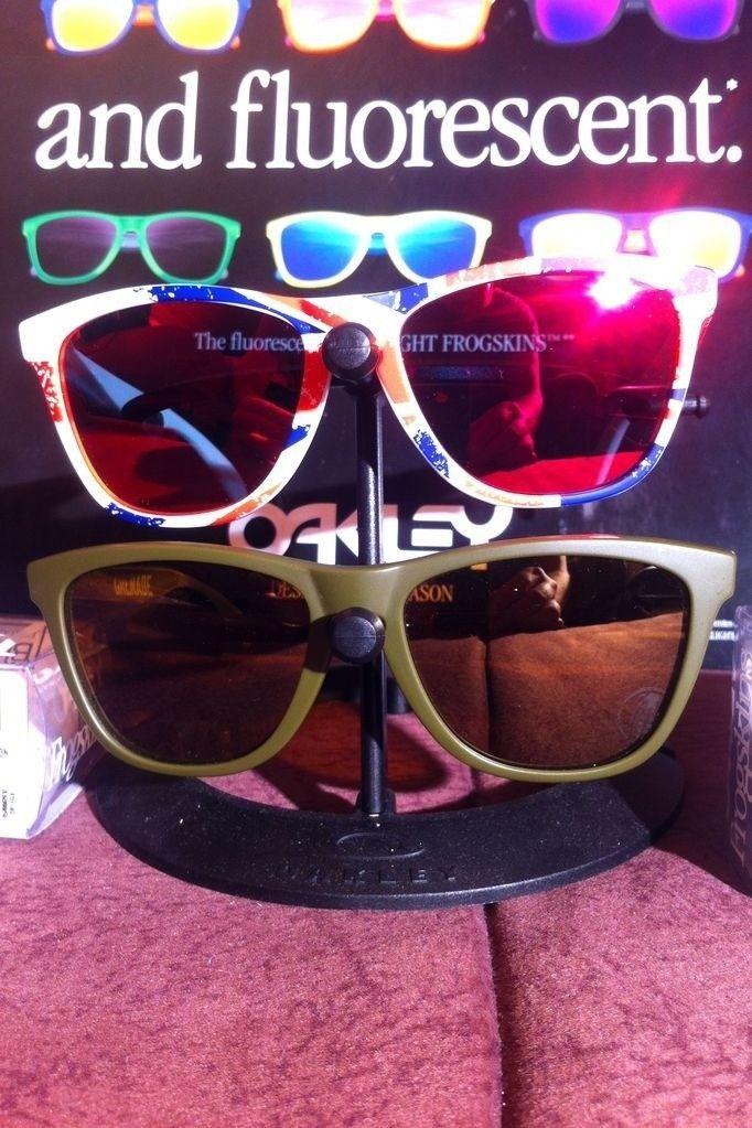 Union Jacks & Olive Grenades - 1345610804610.jpg