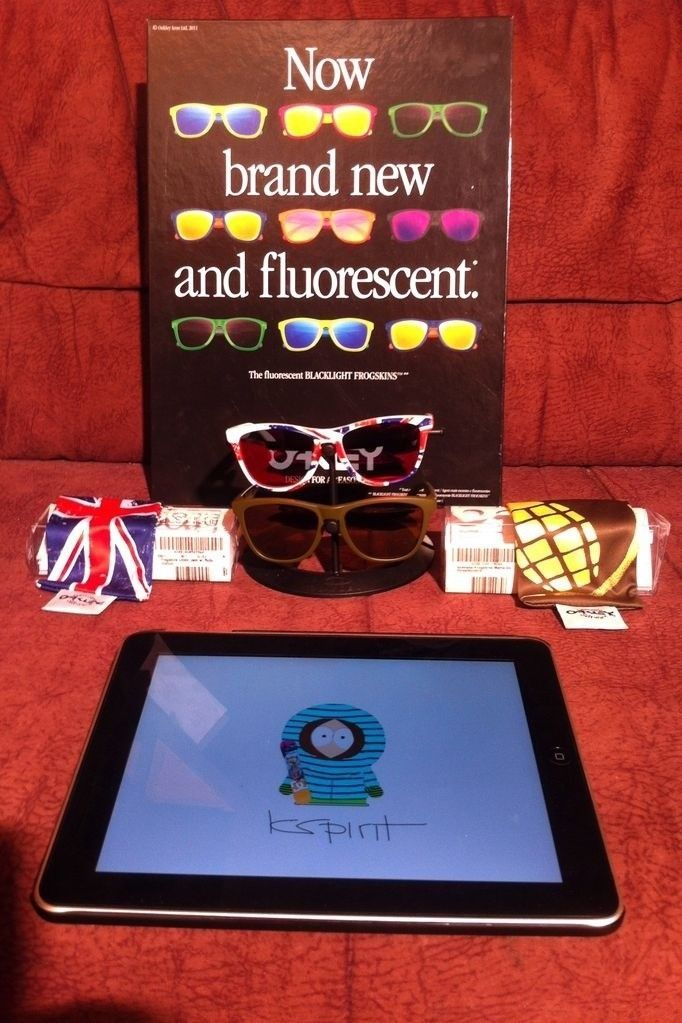Union Jacks & Olive Grenades - 1345610819364.jpg