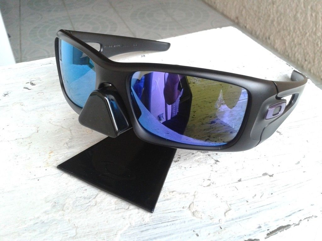 c46b73ae153 Crankcase Matte Black Violet Iridium - 1406530769 zpsce3a5082.jpg