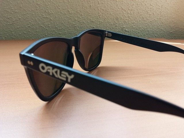 1st Generation Japan Oakley Frogskins - 14246748141_e9472387a4_z.jpg