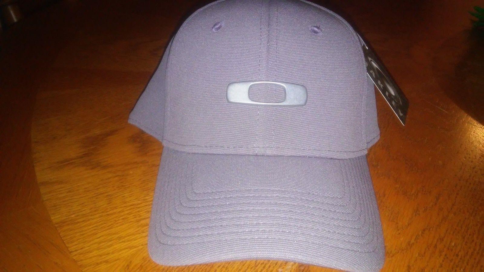 Bnwt Gas Can hat - 1439324125148.jpg