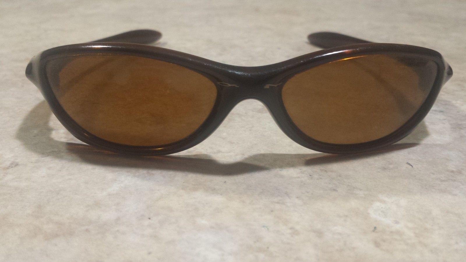 Name these Oakley sunglasses! - 1441596896254.jpg