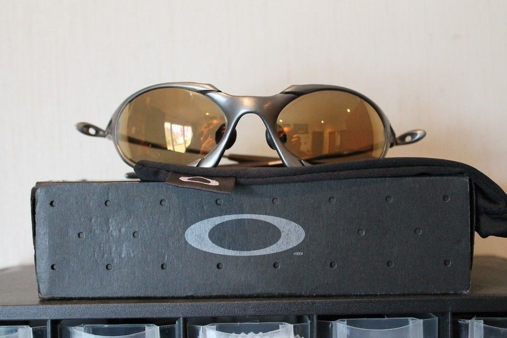 Romeo Titanium Gold Iridium 2nd Gen - 14478097386_91d83760c6_b.jpg