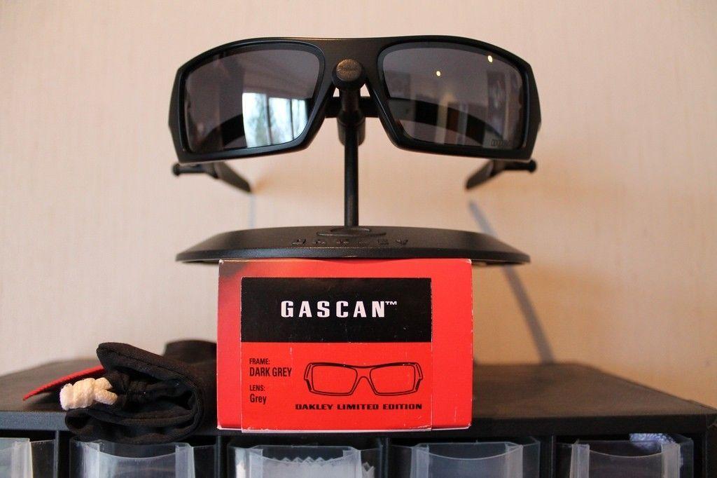 With Oakster, Gascan Ducati - 14550896951_54444d1dd7_b.jpg