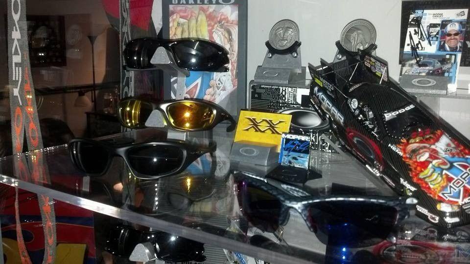 New guy....some of my Oakley's! - 1462983_10202347340873898_241318825_n_zps6f1c723c.jpg