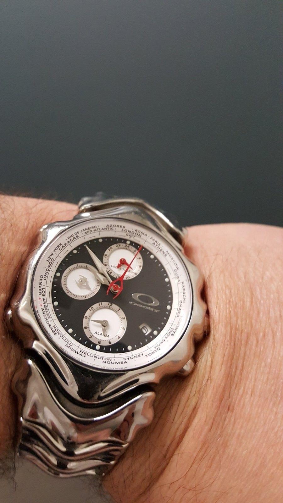Oakley Time Bomb value - 14652212786471833104742.jpg