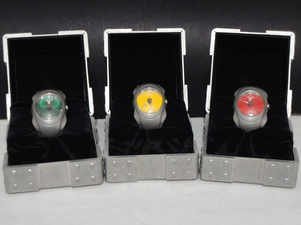 What's the Best Oakley Watch? - 1467239_564658133603856_461957089_n.jpg