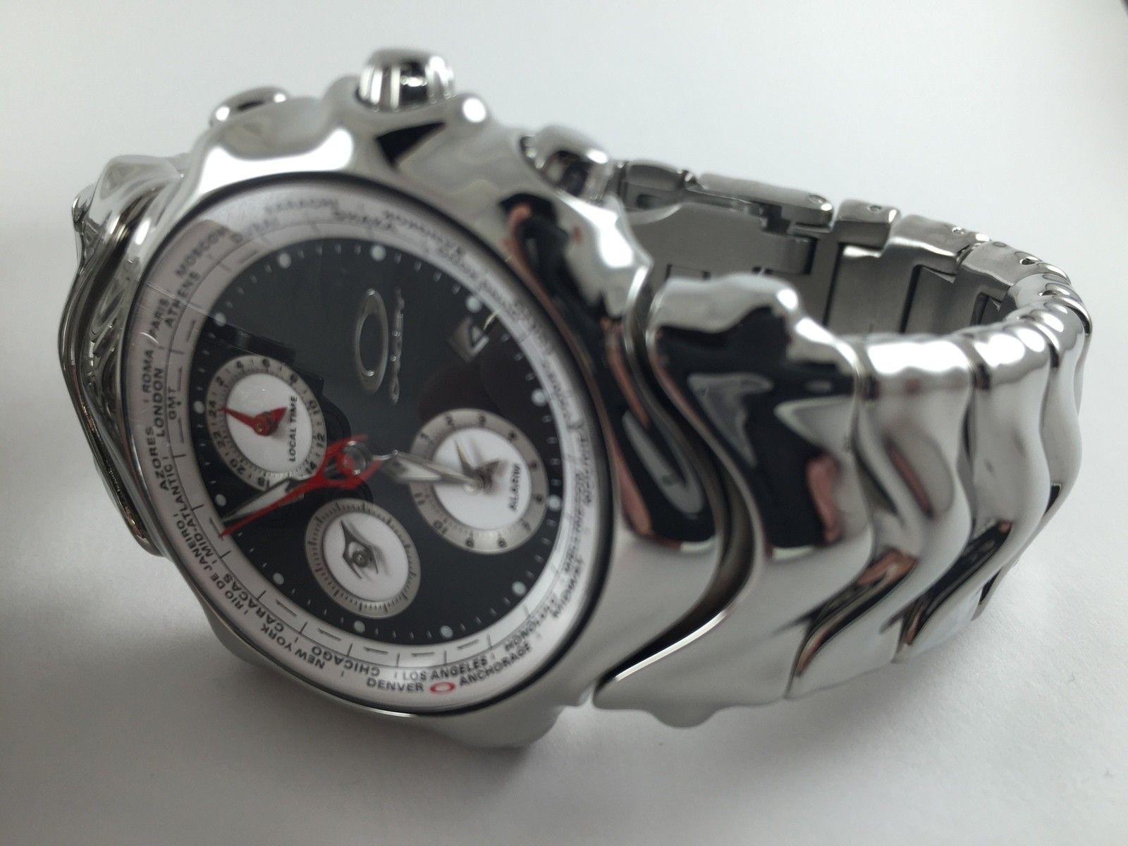 Hollow Point & GMT Watch - 15092902994_aaeb612e96_o.jpg