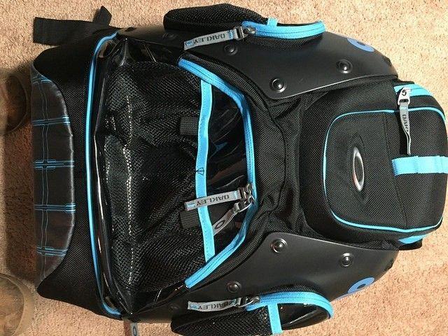 Tron Backpack - 15475988237_ff195ae689_z.jpg
