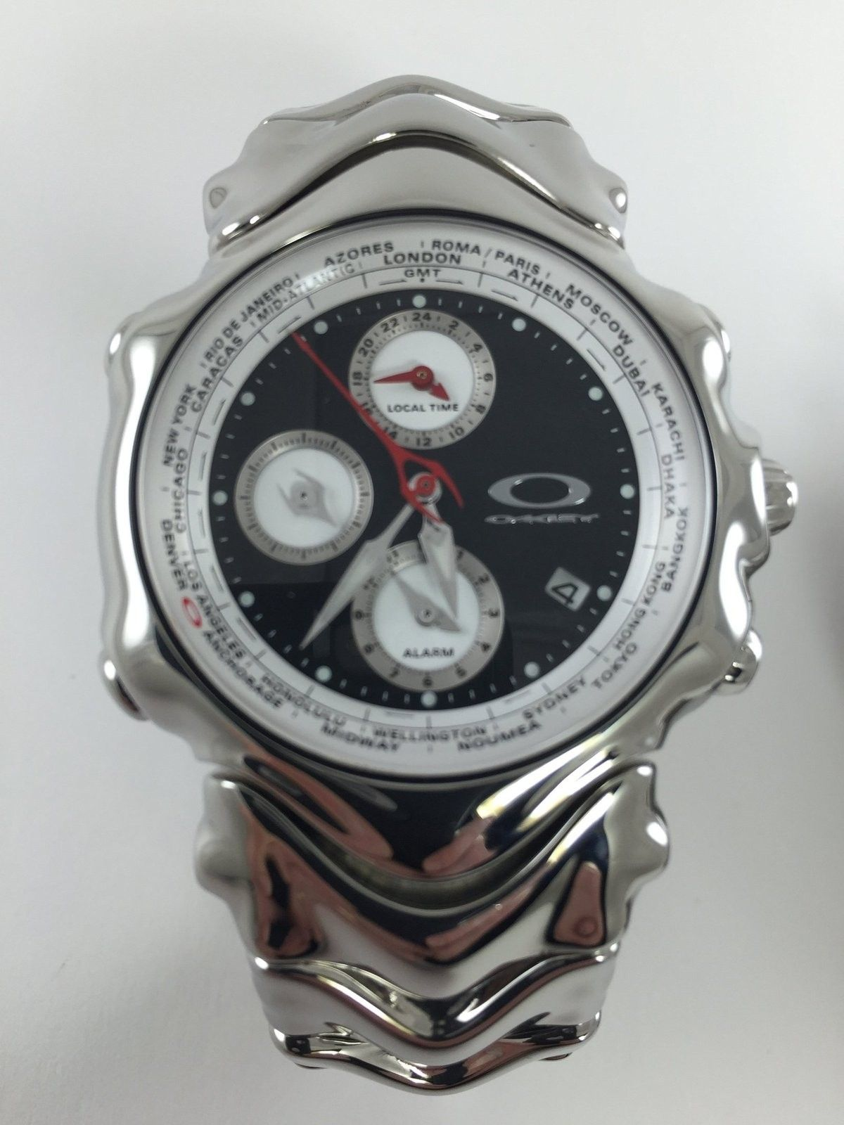Hollow Point & GMT Watch - 15710811991_deb3892b20_o.jpg