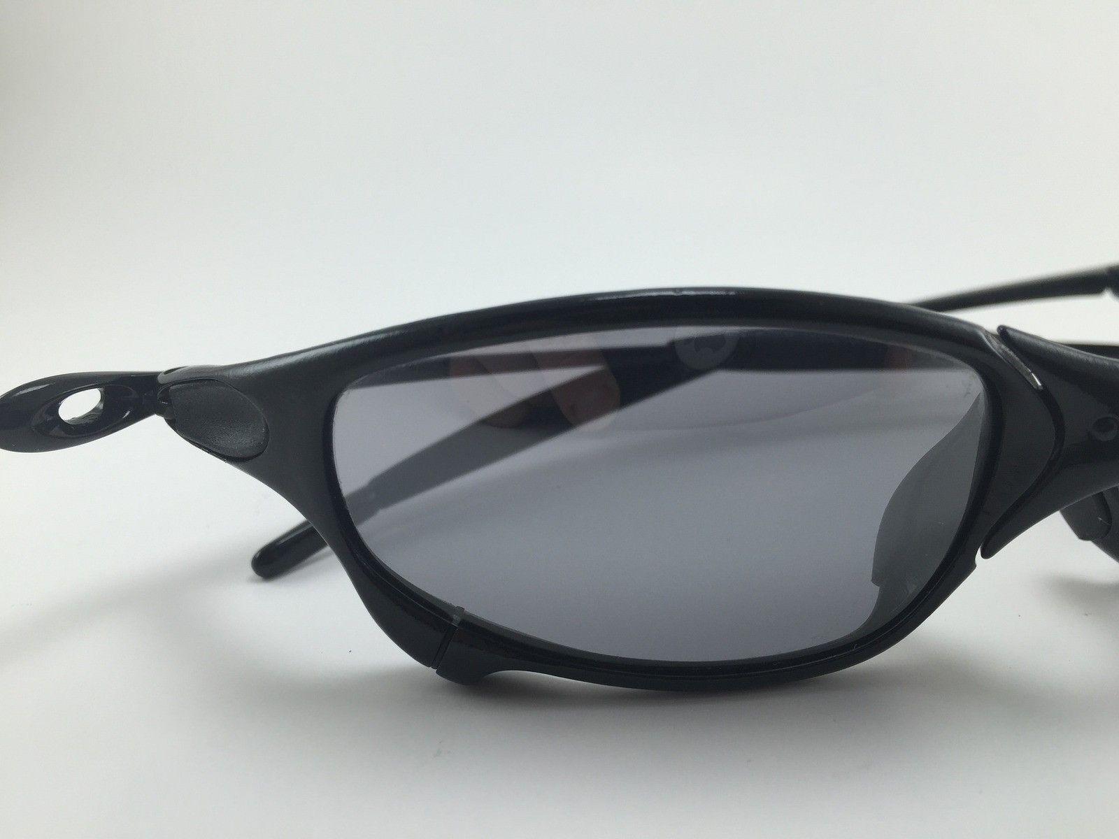 $OLD - Custom Gloss Black Juliet with Ichiro Slate Lenses - 15875718804_777fd8b81f_k.jpg