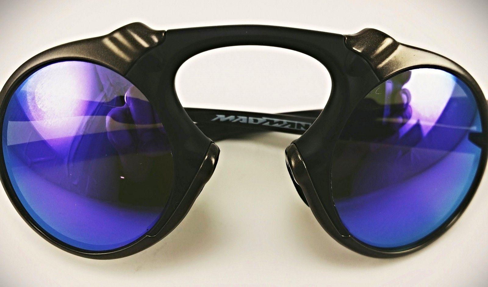 Madman Violet Custom - 15921340104_0c43ed777e_k.jpg
