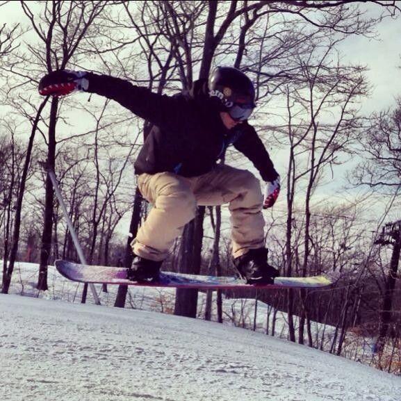 Anyone Snowboard Or Ski? - 16513_3874842244450_954598706_n.jpg
