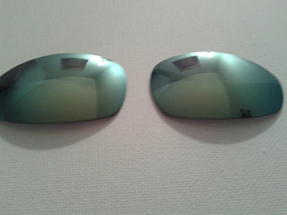Juliet Emerald Lenses With Box And Fire Lenses With Box - 1779851_621002457967627_1909857233_n.jpg