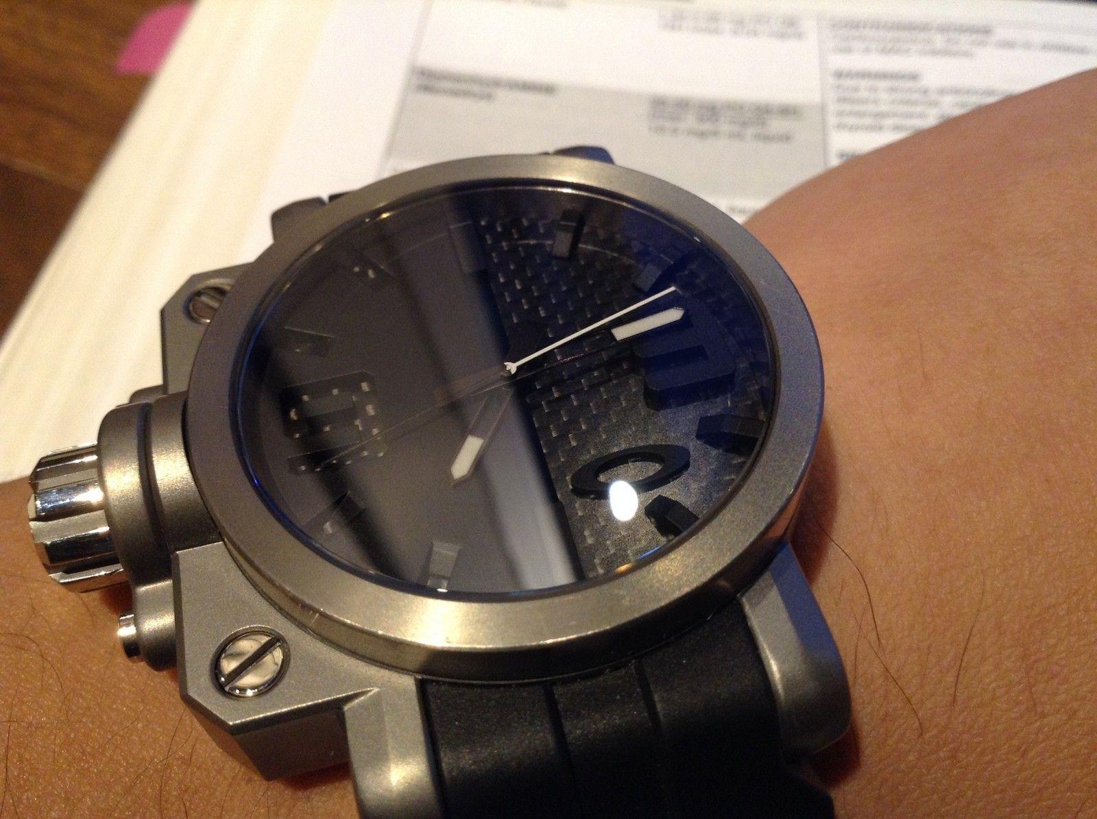 (or trade) Oakley gearbox TITANIUM/carbon fiber unobtanium strap watch - 19471557930_0de6773b84_o.jpg