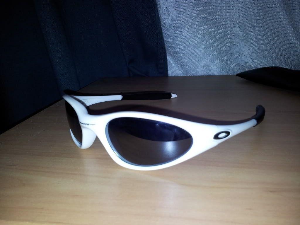Lens Options + Old Model Info - 2011-10-23145302.jpg