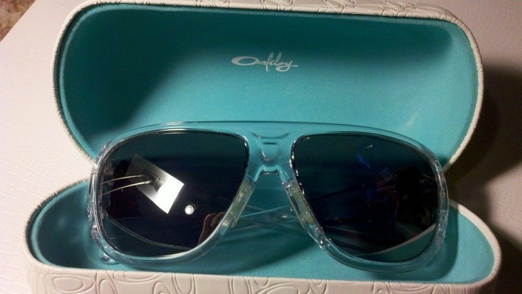 Random Different Oakleys For Sale - 2012-05-13_21-36-35_168.jpg