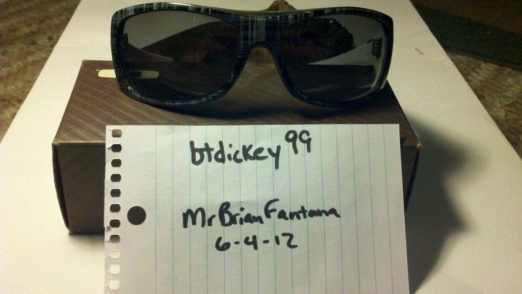 Polarized Oakley Sideways...85shipped!!! - 2012-06-04_16-53-26_301.jpg