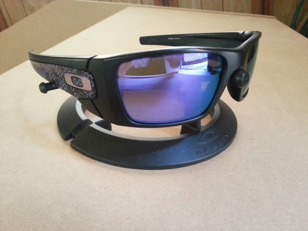 WTS: Science Fuel Cell - Matte Black/Violet Iridium - 20120815_120544.jpg