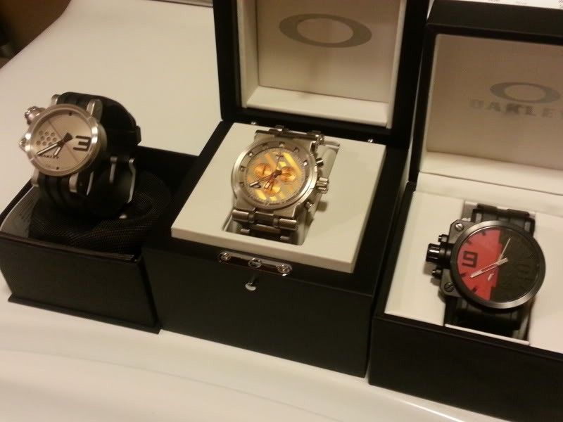 Transfer Case Arrives.....Pics Of Watch Small Watch Collection - 20120906_183940.jpg