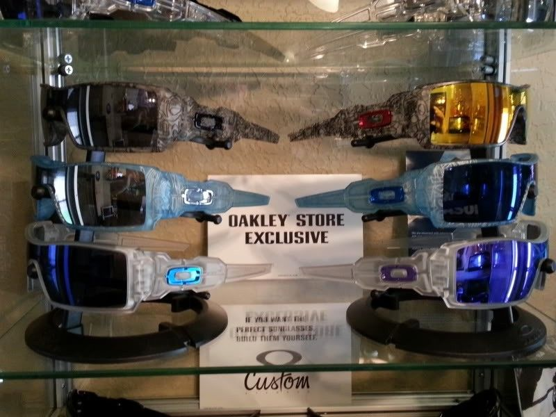 Oakley Custom Frost Blue Oil Rig II W/Blue Icons And Ice Iridium Lenses - 20120908_115300.jpg