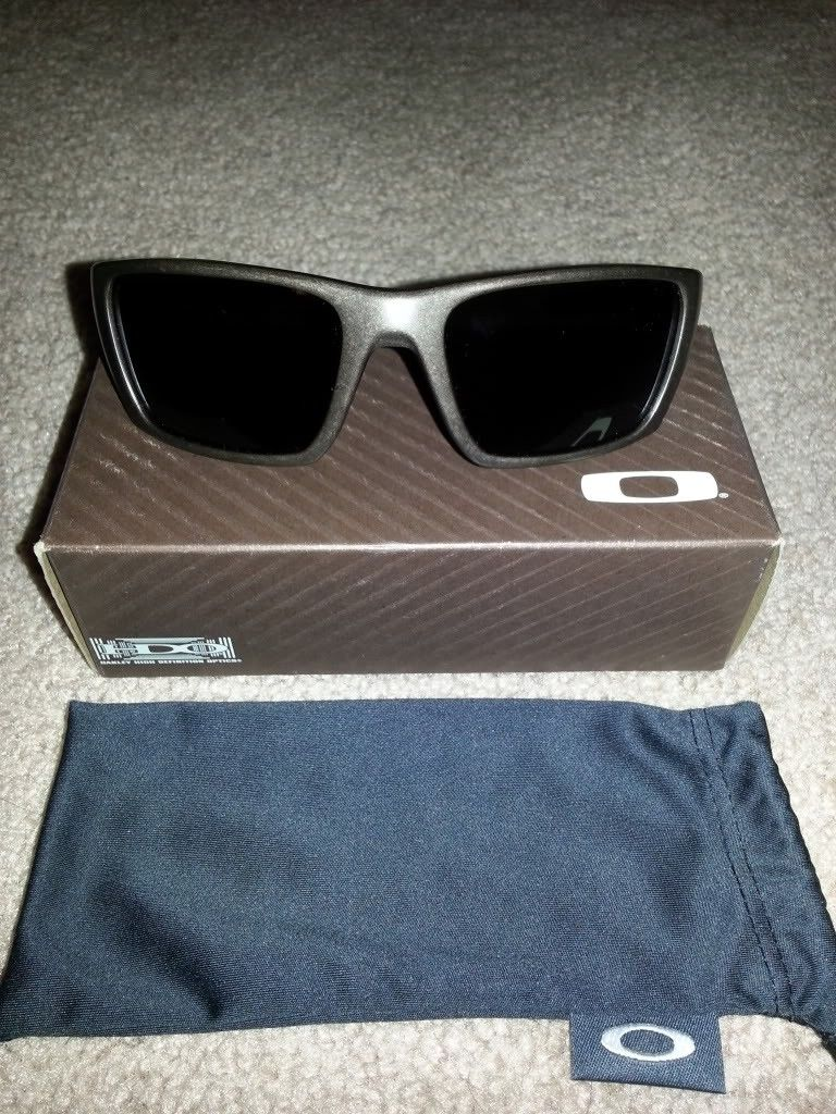 Oakley Sale (Carbon Fiber Radar And More) *PRICE DROP* - 20121008_213604.jpg