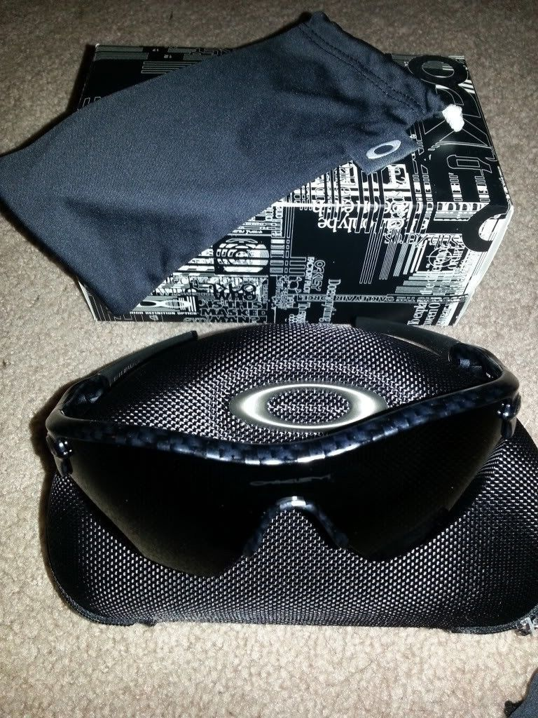 Oakley Sale (Carbon Fiber Radar And More) *PRICE DROP* - 20121008_213716.jpg