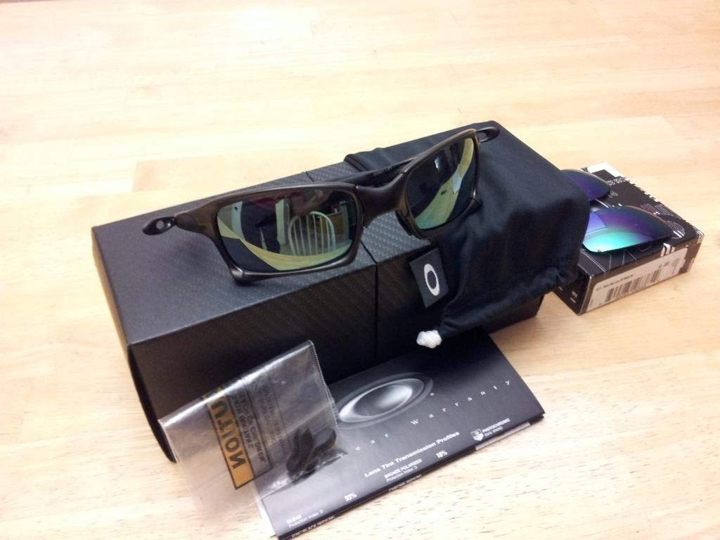 FS: X Squared Carbon And Emerald W/extra Lenses-$255 - 20121118_172115.jpg