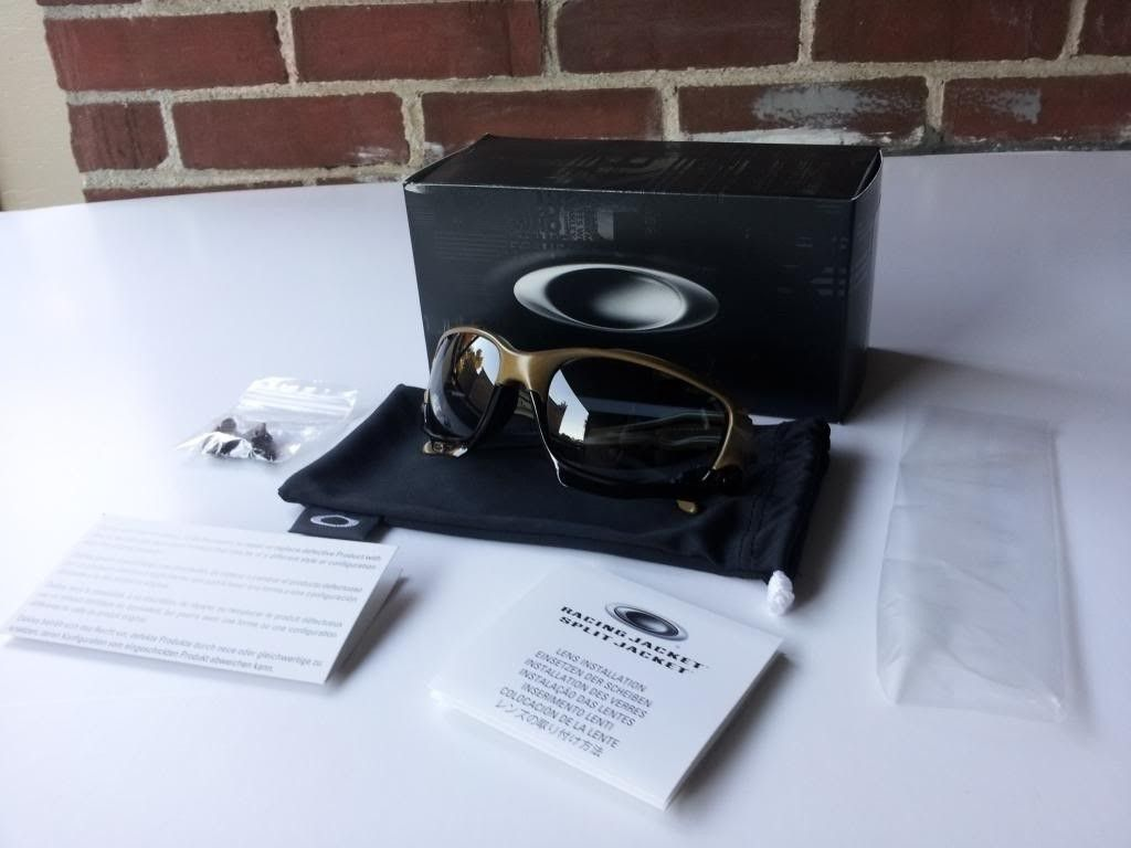 BNIB Vegas Gold Jawbone + Free O-matter Keychain Bottle-opener Add-on - 2013-09-28180331_zps07b69bd6.jpg