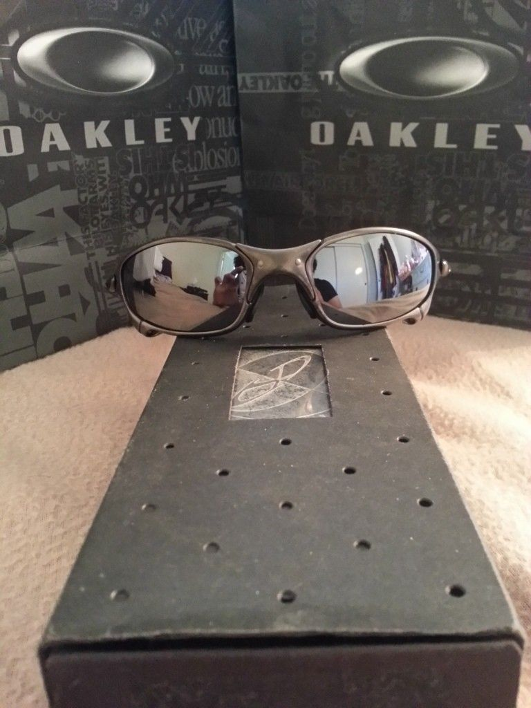 Oakley Juliet Carbon/Black Iridium - 20130930_091519_LLS_zpse76bb3f6.jpg